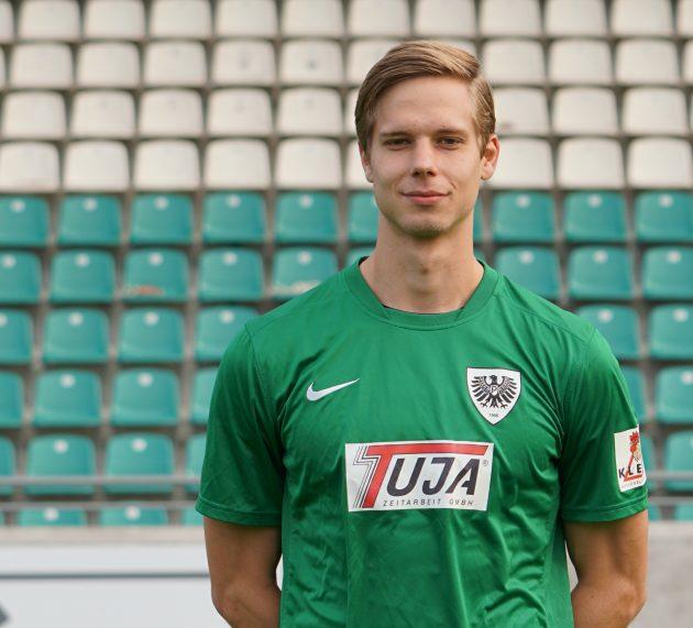 Jannik Borgmann verlängert seinen Vertrag vorzeitig um zwei Jahre bis 2022