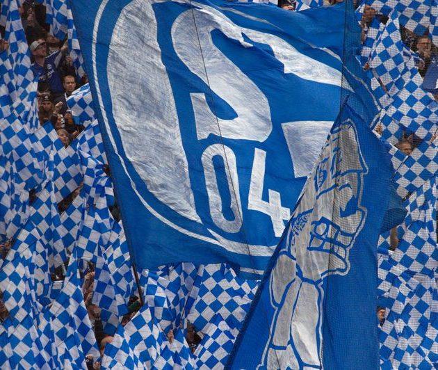 """S04 macht """"reinen Tisch"""": FC Schalke 04 stellt sportliche Führung ab sofort frei!"""