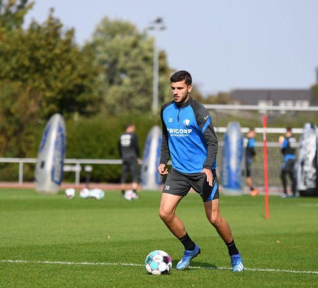 Stylianos Kokovas wechselt mit sofortiger Wirkung zum tschechischen Erstligisten MFK Karvina.