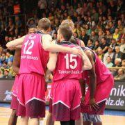 Telekom Baskets siegen in Braunschweig