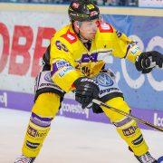 Auch Alex Trivellato bleibt in Krefeld