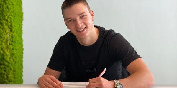 FC: Noah Katterbach verlängert bis 2024