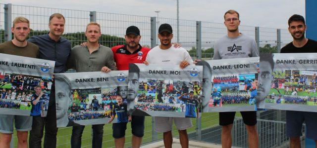 Absteiger Paderborn: Verabschiedung von sieben Lizenzspielern