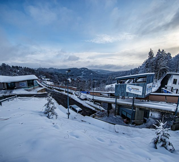 Veltins-EisArena ist bestens gerüstet für Weltcup in Winterberg Sportler loben Bahnqualität / Hygiene- und Sicherheitskonzept steht